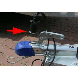 Držák zástrčky UW-03 - drátěné oko